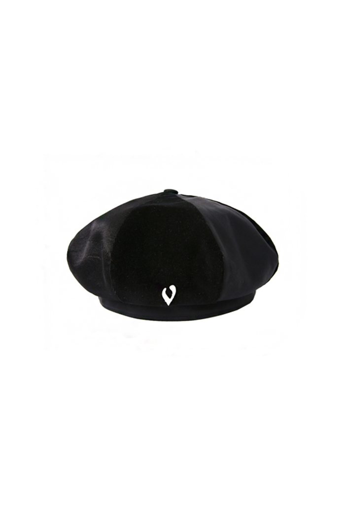 LEATHER SCULPTURE POINT BERET (BLACK)