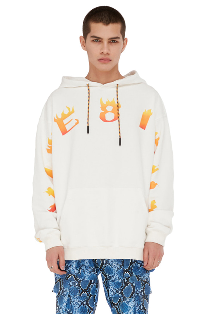 VIBE8IGHT ON CHEST HOODIE (WHITE)