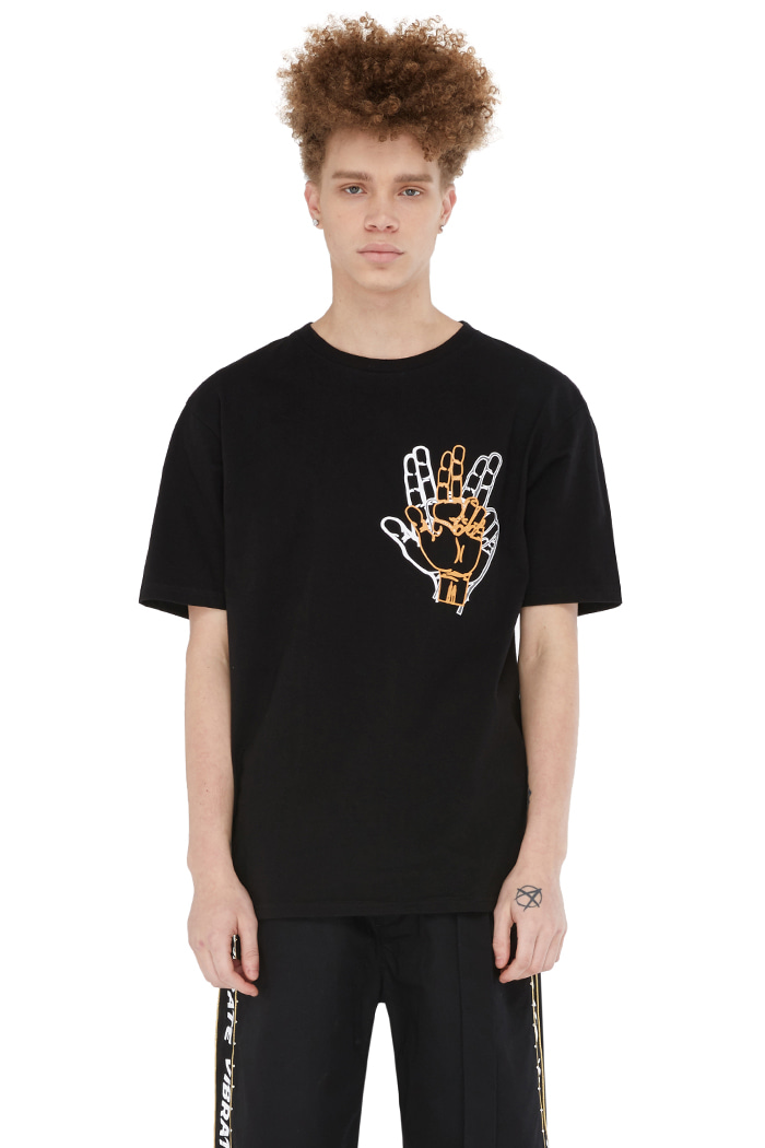 SIDE SNAP BUTTON T-SHIRT (BLACK)